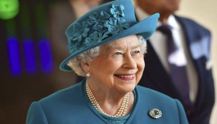 تسريب جديد يكشف لجوء الملكة إليزابيث الثانية للملاذات الضريبية