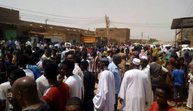 إصابة مواطنين في مواجهات دامية مع الشرطة بالجريف شرق