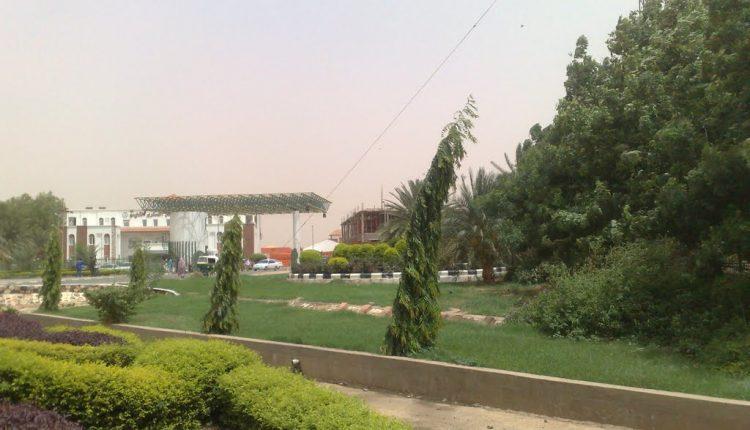 السودان.. السلاح الطبي يوقف ٦ أطباء دعو للإضراب