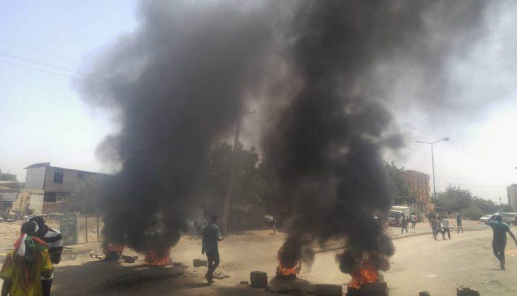 """السودان.. احتجاجات في """"بري"""" رفضا لنتائج تحقيق مجزرة القيادة"""